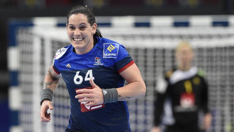 La joueuse de l'équipe de France, Alexandra Lacrabère (JONATHAN NACKSTRAND / AFP)