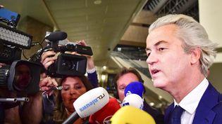 Geert Wilders s'exprime face à la presse lors de la soirée électorale, le 15 mars 2017, à La Haye (Pays-Bas). (ROBIN UTRECHT / ANP / AFP)