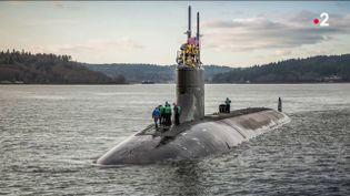 Les eaux internationales de l'Asie pacifique sont au cœur d'enjeux au parfum de guerre froide entre Washington et Pékin. Alors qu'il patrouillait en mer de Chine, méridionale, un sous-marin nucléaire américain a heurté un objet non identifié. (Capture d'écran France 2)