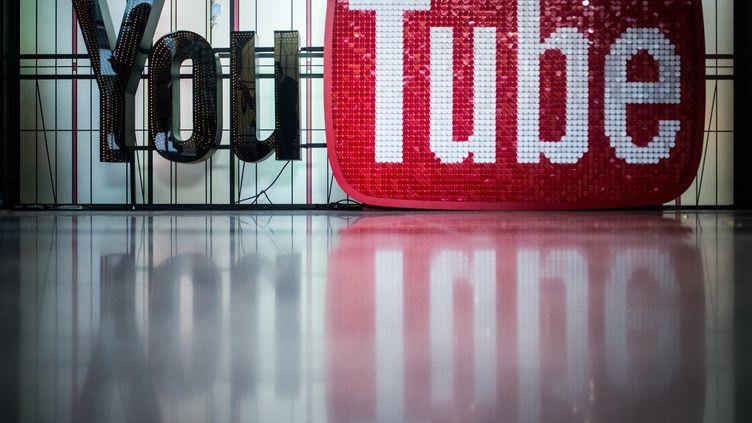 Les bureaux de Youtube, à Berlin, le 7 décembre 2017. (SOPHIA KEMBOWSKI / DPA / AFP)