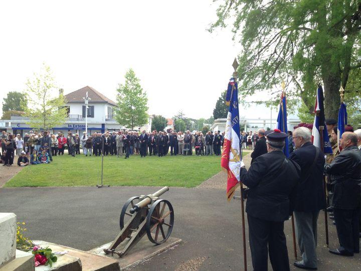 Commémoration du 8 mai 1945 à Mimizan (Landes), le 8 mai 2017. (MARGAUX DUGUET / FRANCEINFO)