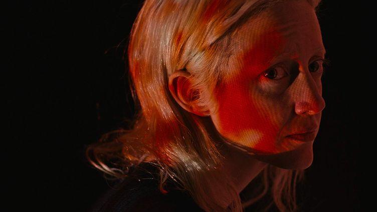 "Andrea Riseborough dans ""Possessor"" de Brandon Cronenberg (DROITS RESERVES)"