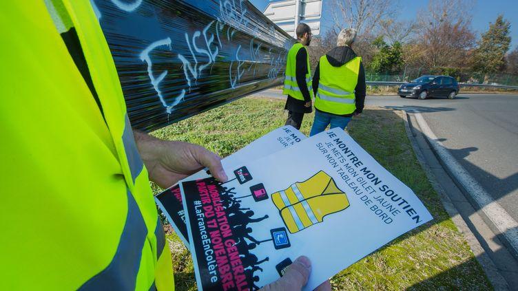 """Manifestation de """"gilets jaunes"""" à Clermont-Ferrand le 15 novembre 2018. (MAXPPP)"""