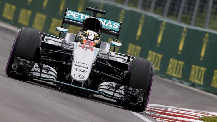Le pilote britannique Lewis Hamilton au volant de sa Mercedes (FREDERIC LE FLOC H / DPPI MEDIA)