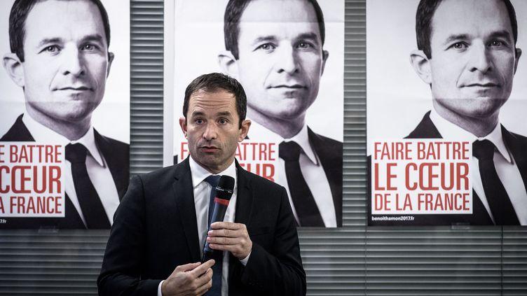Benoit Hamon, candidait à la primaire de la gauche, à Paris, le 7 novembre 2016. (PHILIPPE LOPEZ / AFP)