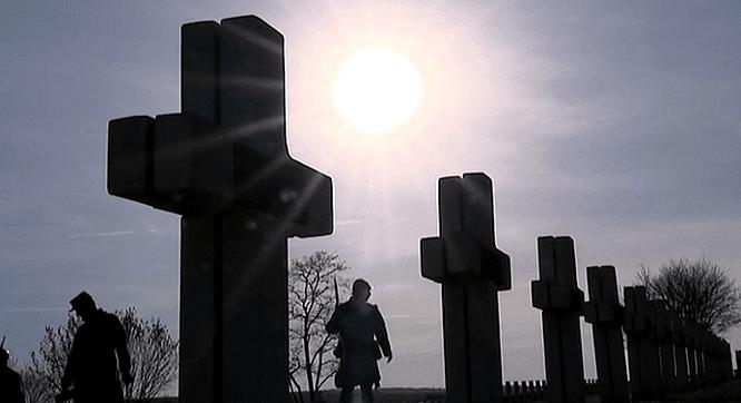 Verdun 1916. 300.000 morts  (France 3)