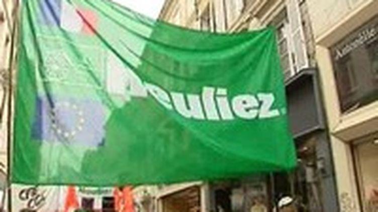 Les pouvoirs publics continuent de rechercher des investisseurs pour éviter un dépôt de bilan de la société Heuliez.