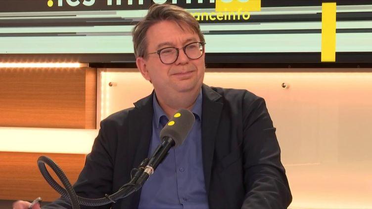 Éric Chol, directeur de la rédaction de Courrier International, le 29 juin 2018. (RADIO FRANCE / FRANCEINFO)