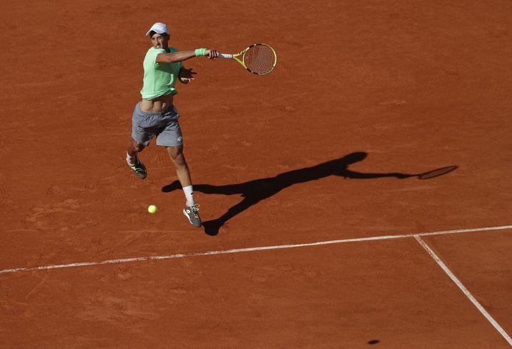 Antoine Hoang au deuxième tour de Roland-Garros 2019, face à Gaël Monfils. (  / XINHUA)