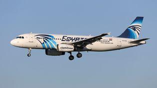 L'Airbus à 320 d'EgyptAir, disparu le 19 mai 2016, photographié à Bruxelles en janvier 2015. (REUTERS)