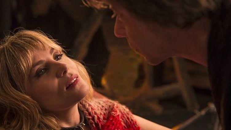 """Emmanuelle Seigner et Matieu Amalric dans """"La Vénus à la fourrure"""" de Roman Polanski  (Mars Distribution)"""