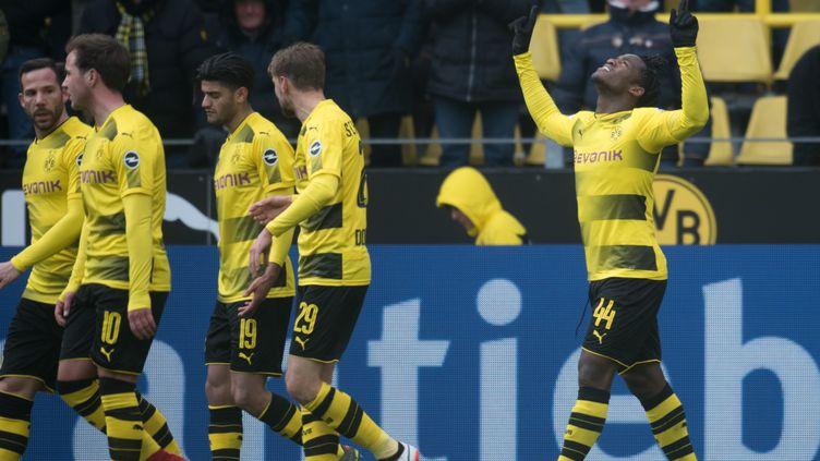 Michy Batshuayi régale avec Dortmund (BERND THISSEN / DPA)