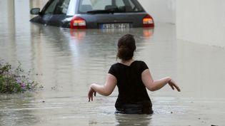 Inondations à Villeneuve-Loubet (Alpes-Maritimes), le 6 novembre 2011. (VALERY HACHE / AFP)