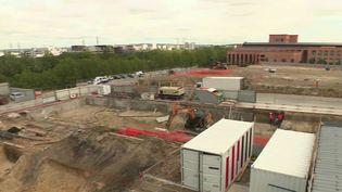 Immobilier : pour les Jeux olympiques, des bâtiments vont être reconstruits sur des friches industrielles (FRANCE 2)