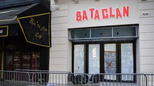 La façade rénovée du Bataclan, à Paris (27 octobre 2016)  (Martin Bureau / AFP)