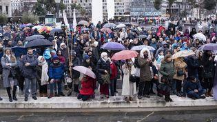 Des manifestations contre les restrictions sanitaires à Madrid, en Espagne, le 23 janvier 2021. (OSCAR GONZALEZ / NURPHOTO / AFP)