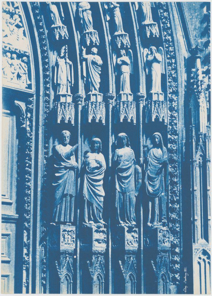 """Henri Le Secq, """"Cathédrale Notre-Dame de Strasbourg, portail de droite"""", 1851, Cyanotype, Don Henri Le Secq des Tournelles, 1905 (MAD PARIS)"""