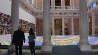 """""""Eloge du doute"""" la nouvelle exposition de la Fondation Pinault à Venise  (Culturebox)"""