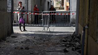 Dans la commune du Teil, en Ardèche, le séisme du 11 novembre 2019 a fait des dégâts. (JEFF PACHOUD / AFP)
