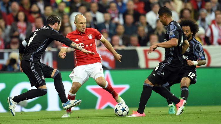 Arjen Robben sera surveillé de près pour ce quart de finale retour. (ANDREAS GEBERT / DPA)