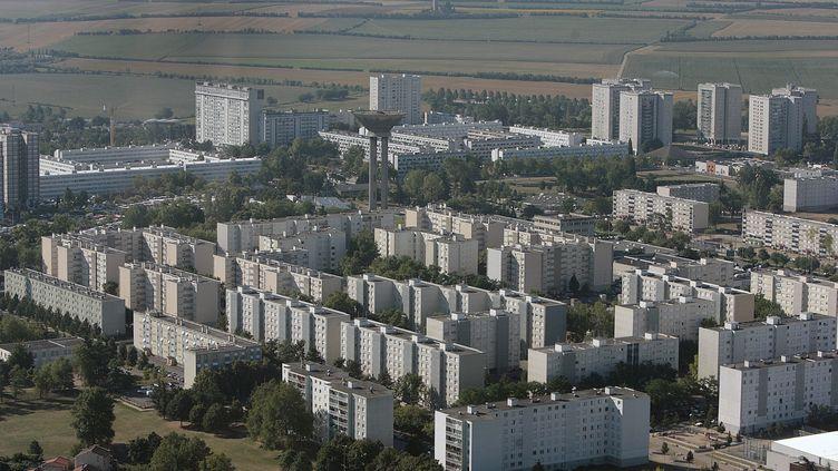 Le quartier des Minguettes, à Vénissieux (Rhône), le 31 juillet 2010. (MAXPPP)