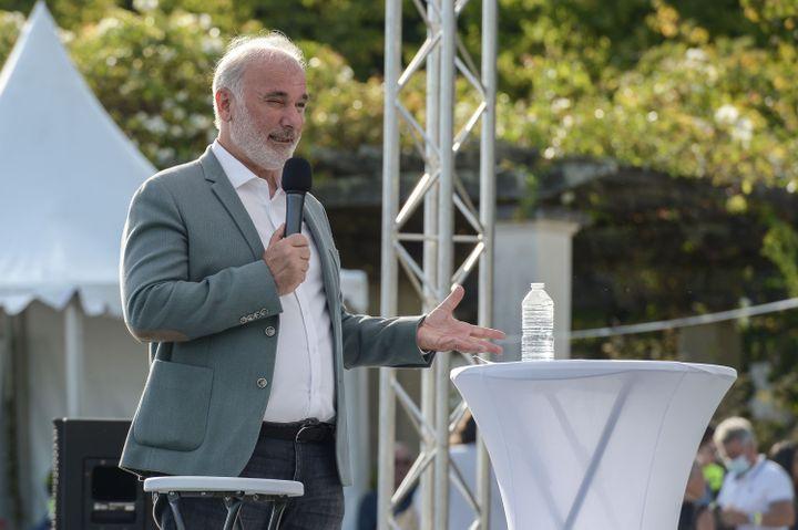 Jean Marc Governatori lors des journées d'été des écologistes, le 20 août 2021, à Poitiers (Vienne). (HARSIN ISABELLE / NOSSANT / SIPA)
