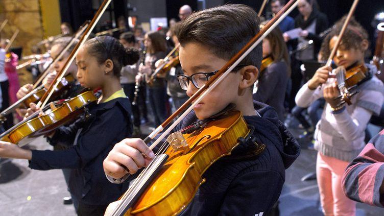 25 mars 2018. Répétition générale en vue d'un spectacle à l'Opéra de Montpellier dans le cadre du projet DEMOS, le dispositif d'éducation musicale et orchestrale à vocation sociale, initié en 2010. (MAXPPP)