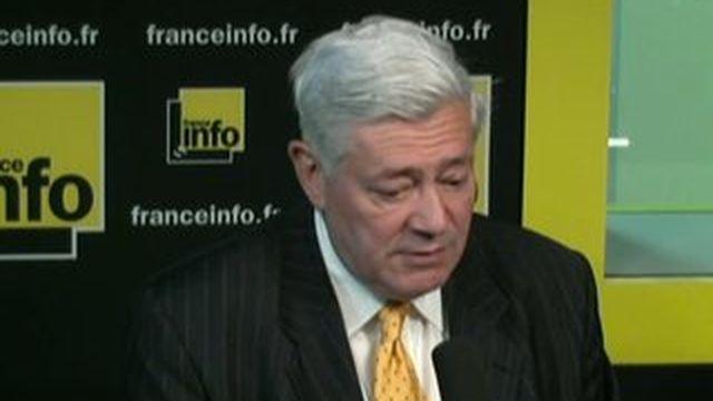 """Bruno Gollnisch : Jean-Marie le Pen est """"prêt"""" à ne plus parler au nom du FN"""