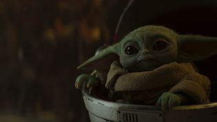 "Bébé Yoda superstar de ""The Mandalorian"" (LUCASFILM)"