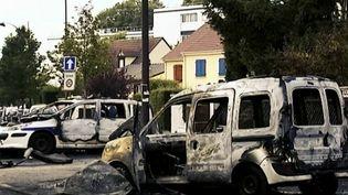 Policiers brûlés à Viry-Châtillon : retour sur les faits. (FRANCEINFO)