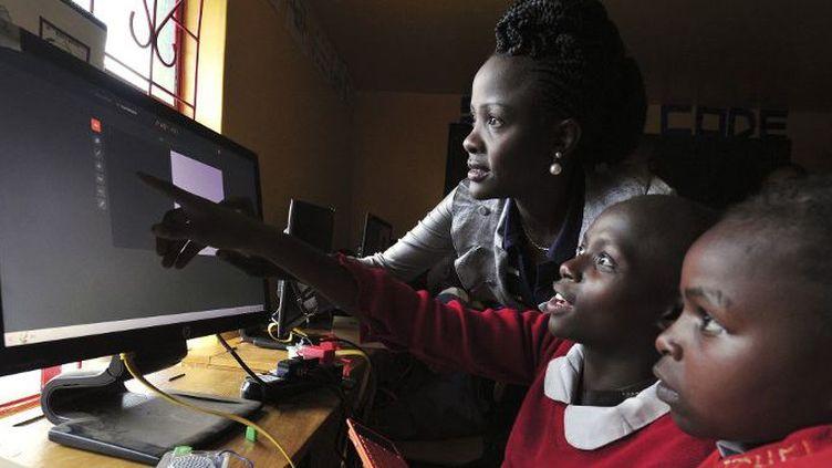 Un école de filles à Nairobi, au Kenya. (Simon Maina/ AFP)