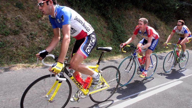 Le cycliste Laurent Jalabert, le 24 juillet 1998, lors du Tour de France. (PATRICK KOVARIK / AFP)