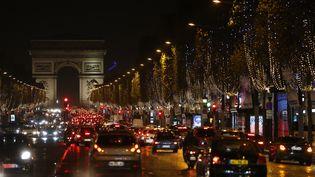 Les champs Elysées à Paris, le 19 novembre 2015. (THOMAS SAMSON / AFP)