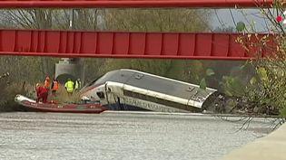 Le déraillement d'un TGV dans le Bas-Rhin jeudi 5 mars suscite des interrogations quant à la sûreté des voies. (France 2)