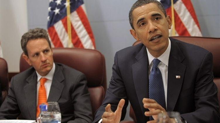 Barack Obama et Timothy Geithner, secrétaire au Trésor américain (© AFP Mandal Ngan)