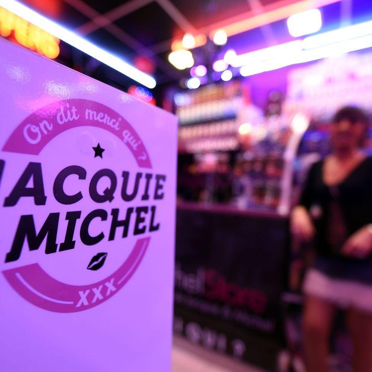 L'ouverture du deuxième sex-shop Jacquie et Michel à Nancy (Meurthe-et-Moselle), le 28 mai 2016. (PHOTOPQR/L'EST REPUBLICAIN/MAXPP)