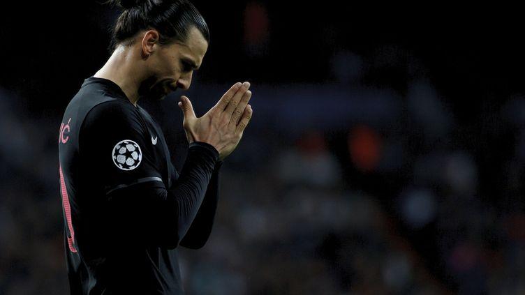 L'attaquant du PSG Zlatan Ibrahimovic lors de la défaite de son club sur le terrain du Real Madrid mardi 3 novembre 2015. (GUILLERMO MARTINEZ / NURPHOTO)
