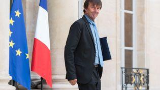 Nicolas Hulot, le ministre de la Transition écologique et solidaire, sort du Conseil des ministres à l'Elysée, à Paris, le 30 mai 2018. (MAXPPP)