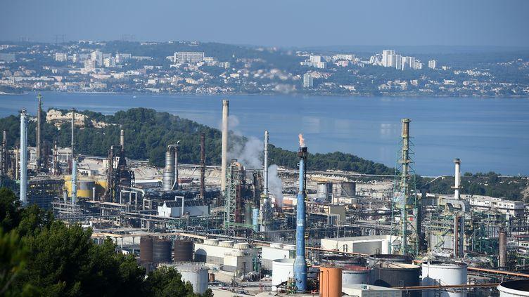 La bioraffinerie de La Mède (Bouches-du-Rhône), près de Marseille, le 29 octobre 2019. (BORIS HORVAT / AFP)