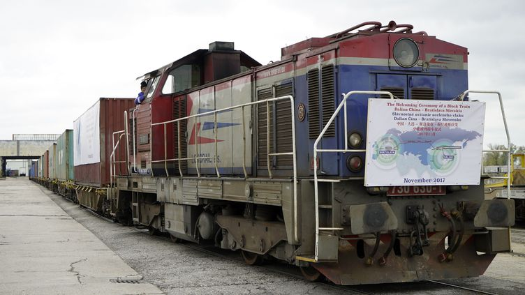 Train de frêt chinois en Slovaquie, 13 novembre 2017 (NANG GONGAQ / IMAGINECHINA)