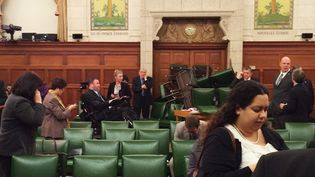 Les députés du Parti conservateur canadien en session se barricade dans le Parlement à Ottawa (Canada), el 22 octobre2014 (REUTERS )