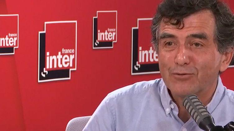 Arnaud Fontanet, épidémiologiste à l'Institut Pasteur, et membre du Conseil scientifique, invité de France Inter le 6 juillet 2020. (FRANCEINTER / RADIOFRANCE)