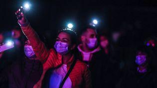 Bientôt le retour des concerts debouts malgré le Covid comme ici au Portugal, le 30 avril 2021 ? (CARLOS COSTA / AFP)