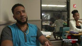 Les îles Caïman, ce pays où les jeunes rêvent de devenir banquiers (FRANCE 2 / FRANCETV INFO)