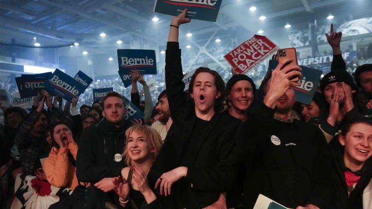 Des spectateurs lors du meeting de Bernie Sanders à Durham, New Hampshire, le 10 février 2020 (KATHERINE TAYLOR/EPA/Newscom/MaxPPP)