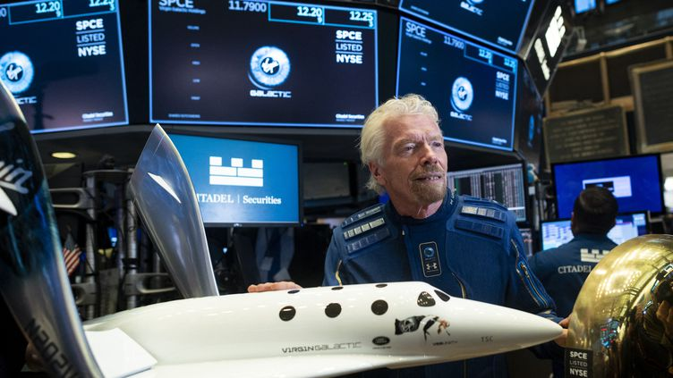Richard Branson, fondateur de Virgin Galactic, au New York Stock Exchange, le 28 octobre 2019. (JOHANNES EISELE / AFP)