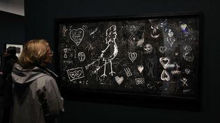 """L'exposition """"Brassaï - Graffiti"""" au Centre Pompidou à Paris, en novembre 2016 (GINIES / SIPA)"""
