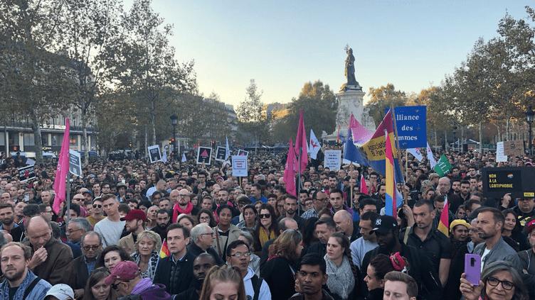 Des manifestants contre l'homophobie à Paris, le 21 octobre 2018. (SOS HOMOPHOBIE)