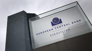 Le siège de la Banque centrale européenne à Francfort (Allemagne) le 12 mars 2020. (DANIEL ROLAND / AFP)