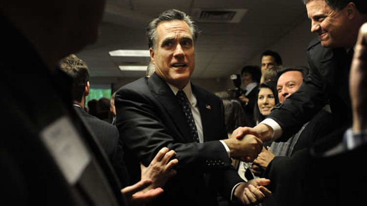 Le candidat à l'investiture républicaine Mitt Romney à Manchester, dans le New Hampshire (Etats-Unis), le 10 janvier 2012. (MELINA MARS / THE WASHINGTON POST / GETTY IMAGES)